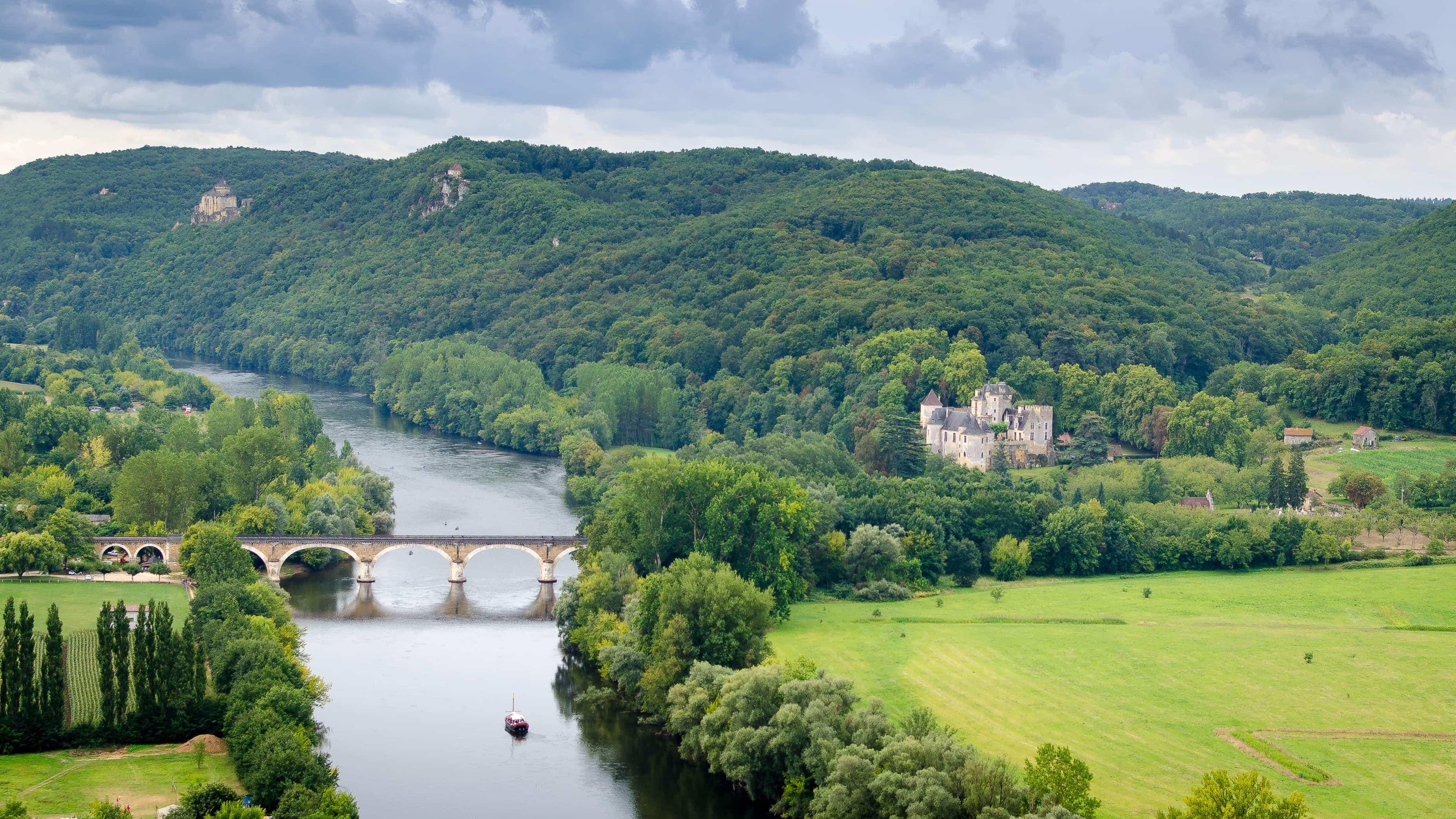 Dordogne River Valley - La Borie Gites Holiday Accommodation Dordogne Lot France