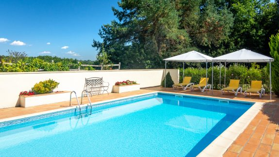 Swimming Pool Loungers - La Borie Gites Holiday Accommodation Dordogne Lot France